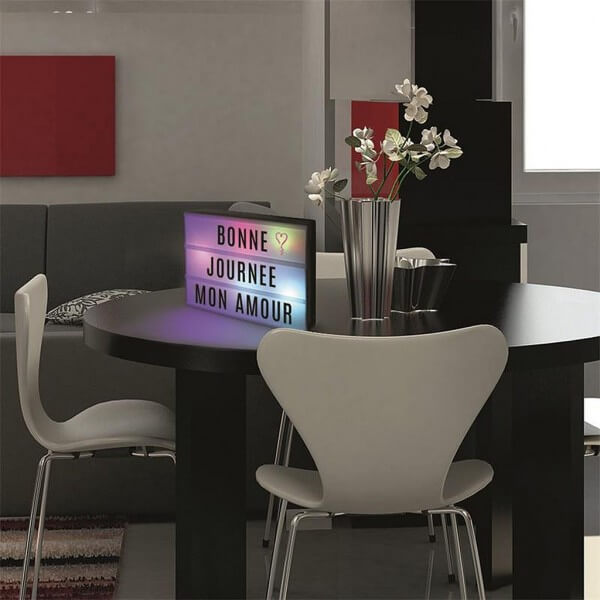 bo te message lumineuse a4 lightbox clairage multicolore. Black Bedroom Furniture Sets. Home Design Ideas
