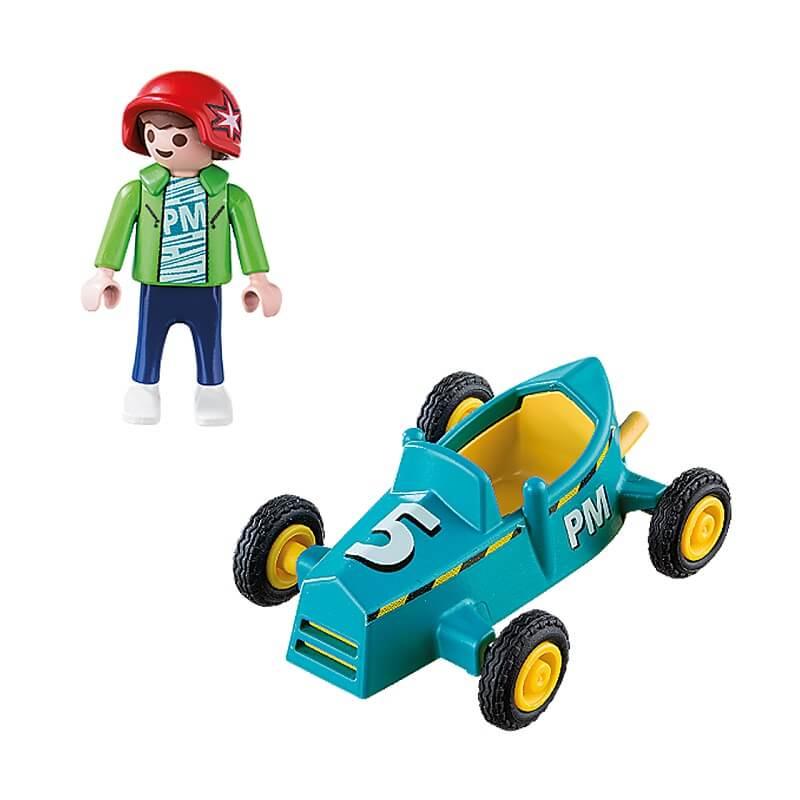 Enfant avec kart playmobil special plus