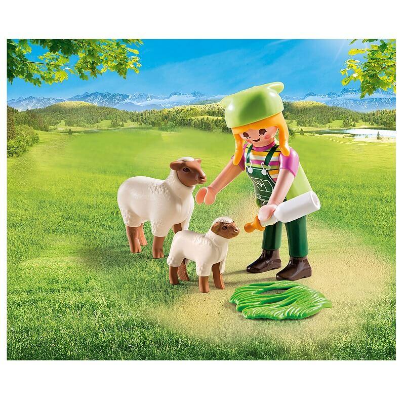 Fermiere avec ses moutons playmobil