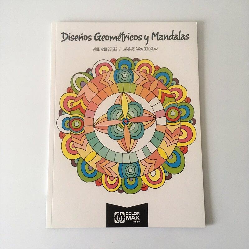 Mandala 24 dessins formes geometriques
