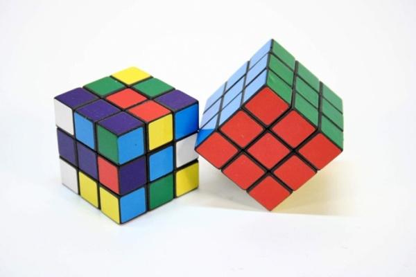 Rubik cube magique 5 cm