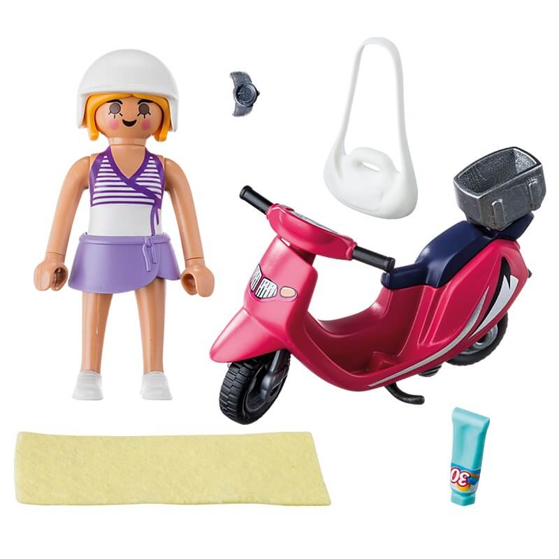 Vacanciere et scooter playmobil